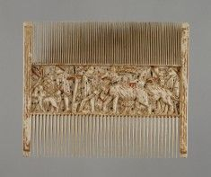 Double comb with scenes of ciuntry life. 1400-1430
