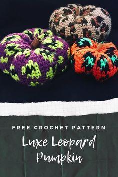 Crochet Pumpkin, Crochet Fall, All Free Crochet, Tapestry Crochet Patterns, Knitting Patterns Free, Crochet Stitches, Halloween Crochet Patterns, Pineapple Crochet, Yarn Tail
