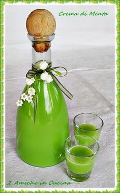 Liquore Crema di Menta – 2 Amiche in Cucina, Limoncello, Cocktails, Cocktail Drinks, Spirit Drink, Homemade Liquor, Mint Creams, Cream Liqueur, How To Make Beer, Wine And Beer