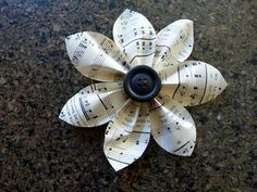 DIY :: Paper flower