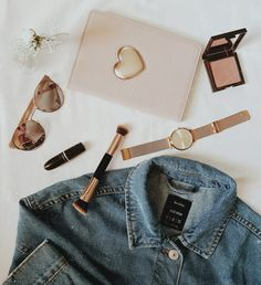 #rosegold #pink #sunglasses #jeanjacket #ipad #inspiration #lipstick #mac #love #fashion #vintage #photolover #photography #galaxys8