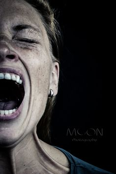 ⋆ The Moon-Pho. Emotional Photography, Moon Photography, Photography Women, Portrait Photography, Screaming Drawing, Dark Portrait, Face Expressions, Human Emotions, Photo Reference