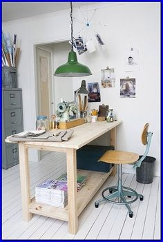 if you want to receive more all of these outstanding ideas about Wonderful Work Desk Ideas White Office click decoration. Wood Office Desk, Work Desk, Home Office Desks, Office Decor, Best Office Colors, Corporate Office Design, Lake Decor, Pinterest Home, White Office