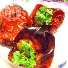 Peperoni ripieni di tonno, olive e capperi @ allrecipes.it