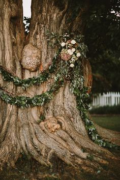 Historic, rustic Tennessee wedding | Photo by Q Avenue Photography
