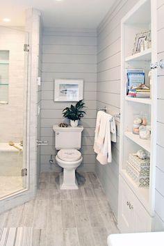Vintage Farmhouse Bathroom Remodel Ideas on A Budget (75)