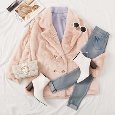 To find out about the Lapel Neck Double Breasted Faux Fur Coat at SHEIN, part of our latest Outerwear ready to shop online today! Casual Winter Outfits, Classy Outfits, Pretty Outfits, Stylish Outfits, Girl Outfits, Looks Chic, Pinterest Fashion, Winter Fashion Outfits, Korean Fashion
