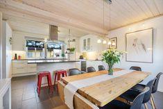 FINN – TVERLANDET - Flott enebolig med carport og garasje - Vannbåren varme Real Estate, Table, House, Furniture, Home Decor, Decoration Home, Home, Room Decor, Real Estates