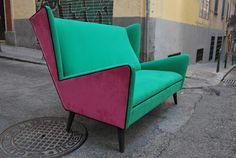 """Sofá """"Cadillac"""" en chenilla verde, rosa y negra"""