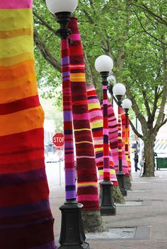 "Gotta love crazy yarn people.  ""Yarn bombing"" in Seattle."