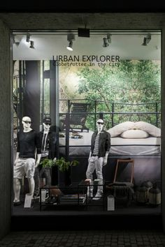 """Urban Explorer"",pinned by Ton van der Veer"