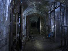 Wie war's in dem unterirdischen Bunker der aussieht wie eine Höhle und mitten im Ruhrpott liegt? Hier die ganze Story! http://www.sagtmirnix.net/?id=176