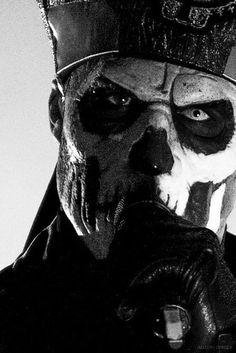 Uploaded by ✝ Lady Evil. Find images and videos about metal, papa emeritus ii and ghost b. on We Heart It - the app to get lost in what you love. Ghost Metal Band, Heavy Metal Bands, Rock Y Metal, Black Metal, Ghost Papa Emeritus, Music Rock, Ghost Pictures, Bizarre Pictures, Ghost And Ghouls