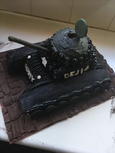 chocolate tank cake covered with buttercream for a fourth Birthday Tank Cake, Fourth Birthday, Cake Cover, Chocolate, Baking, Desserts, 4th Birthday, Deserts, Schokolade