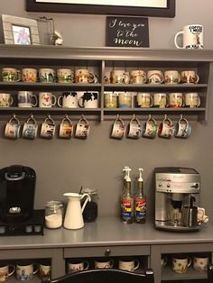 Mug display coffee mug display, coffee mug holder, bar drinks, coffee drink Coffee Mug Storage, Coffee Mug Display, Coffee Mug Holder, Coffee Nook, Coffee Bar Home, Coffee Corner, Interior Design Kitchen, Kitchen Decor, Deco Studio