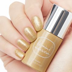 Le Mini Macaron's Gold Glitter gel polish cures fast and is easy to use. DIY an affordable, long-lasting, and chip-free manicure at home or at work Glitter Gel Polish, Gel Nail Polish, Gold Glitter, Gold Polish, Winter Nail Designs, Cool Nail Designs, Art Designs, Christmas Manicure, Gel Nail Colors
