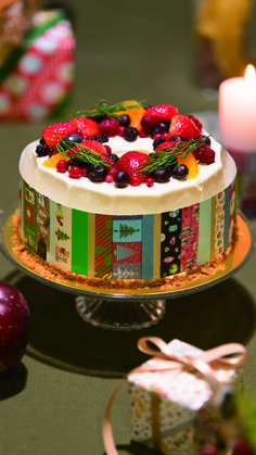 Christmas cake surrounded by a festive assortment of washi tape! Mt Washi Tape, Masking Tape, Christmas 2016, Merry Christmas, Tapas, Jewel Images, Modes4u, Food Displays, Kawaii Shop