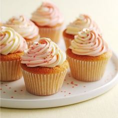 Vanilla cupcakes with swirly icing from Mary Berry's Cookery Course. Best baking recipes for Kids | Easy baking ideas - Red Online. www.redonline.co.uk