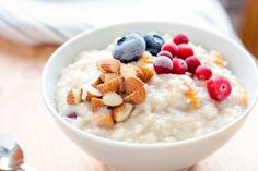 Entdecke wie Du Dir das perfekte Porridge mit dem Thermomix® in kürzester Zeit kochen kannst. ✅ gelingsicher ✅ bewährt ✅ super schnell gemacht. Entdecke viele weitere kostenlose Rezepte für den TM31 und den TM5® in unserem will-mixen.de-Blog