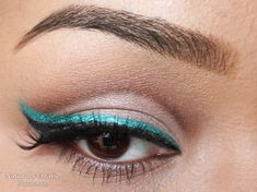 #SephoraColorWash    Gorgeous teal eyeliner! Love it winged out with the black.