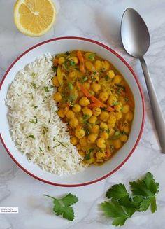 13 vegan recipes rich in vegetable proteins to celebrate World Vegan Day - Food & Recipes - Recetas Veggie Recipes, Lunch Recipes, Real Food Recipes, Vegetarian Recipes, Cooking Recipes, Healthy Recipes, Vegetarian Italian, Food Tips, Salad Recipes
