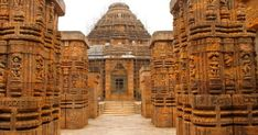 Konark Sun Temple: The Sign of a once Sexually Liberal India - Entrance to the majestic Sun temple of Konark, Odisha - Kerala Mural Painting, Hindu Temple, Hill Station, Ancient Architecture, India Travel, Pilgrimage, Incredible India, World Heritage Sites, Vacation Spots