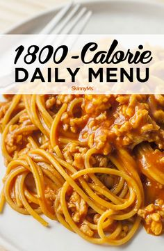 A low-calorie plan isn't right for everyone. You may need to consume more calories because of your current weight, activity level, or weight-loss goals. This nutrient-dense, healthy daily menu is filled with delicious food that's easy to make. Clean Eating Recipes, Diet Recipes, Healthy Eating, Healthy Foods, Healthy Menu, 300 Calories, Heart Healthy Recipes, Skinny Recipes, Daily Meals