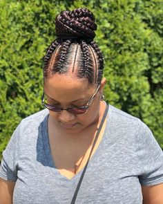 Long and Loose Braid - The Timeless Beauty of Fishbone Braids - The Trending Hairstyle Natural Hair Braids, Loose Braids, Natural Hair Styles, Box Braids, Trending Hairstyles, Up Hairstyles, Braided Hairstyles, Fishbone Braid, African American Braids
