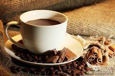 Receita de Café com chocolate e especiarias em receitas de bebidas e sucos, veja essa e outras receitas aqui!