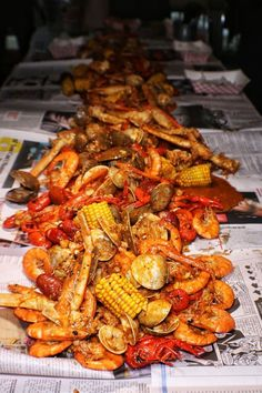Marriage is Messy so let's announce it in the best way? Surf and turf in NYC. Lobster boil like a boss! Courtesy: Coffee and Champagne Cajun Seafood Boil, Lobster Boil, Seafood Boil Recipes, Seafood Broil, Fresh Seafood, Seafood Boil Party, Seafood Dinner, Hummer, Boiled Food