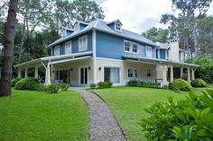 """Casa de 5 dormitorios en venta, ubicada en una calle sin salida del exclusivo barrio cerrado """"Laguna Blanca"""", La Barra, Punta del Este"""