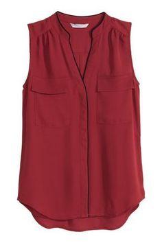 Escote de pico y cierre oculto de botón en la parte delantera, bolsillos superiores con solapa. блузка женская с карманами Blouse H&m, Sleeveless Blouse, Shirt Blouses, Stitch Fix Outfits, Blouse Styles, Blouse Designs, Casual Outfits, Fashion Outfits, Couture