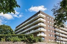 FINN – CARL BERNER - Attraktiv og pen 3-roms - solrik, vestvendt balkong med… Bern, Screens, Multi Story Building, Real Estate, Canvases, Real Estates, Window Screens