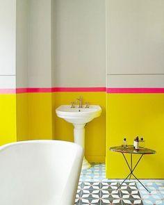 ambiance, bleu, coloré, couleurs, décorationda, flashy, fluo, fushia, jaune, orange, pop, salle de bain, tandance, vert, vitaminé
