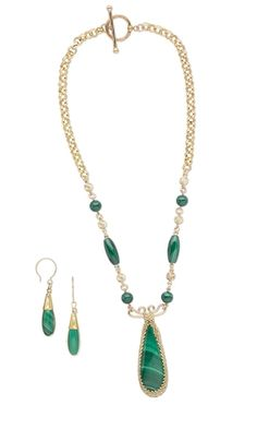 Single-Strand Necklace and Earring Set with Malachite Gemstone Cabochon, Malachite Gemstone Beads and Gold-Filled Chain