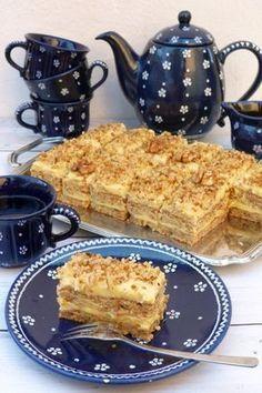 Diós-vaníliás szelet recept - Kifőztük, online gasztromagazin Hungarian Cake, Hungarian Recipes, Tea Party Snacks, Cold Desserts, Salty Snacks, Sweet And Salty, Sweet Recipes, Cookie Recipes, Food And Drink