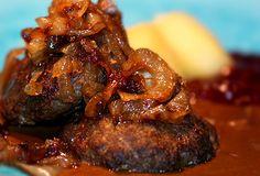 Pannbiff med stekt lök och skysås! – Kryddburken.se