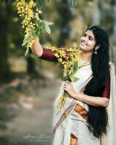 വിഷു, സ്നേഹത്തിന്റെയും ഐശ്വര്യത്തിന്റെയും ആഘോഷം ആണ് … ഈ വിso deep fryഷുക്കാലം നമുക്ക് ഒരുപാട് നല്ല ഓര്മ്മകള് സമ്മാനിക്കട്ടെ . Concept Photography, Portrait Photography, Kerala Traditional Saree, Kerala Saree Blouse Designs, Insta Image, Costumes Around The World, Indian Photoshoot, Beautiful Girl Indian, Beauty Full Girl