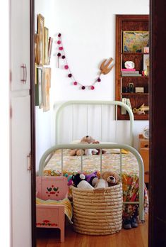 Vintage from smile and wave, the metal bed, the cute rose dolls bed, the pom-poms