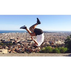 Flipping heck what a view! #Barcelona #Primark #Photoshoot #model #tricks #flip #backflip #webster #amazing #awesome #epic #city #love #swag #tekkers #hot #parkour #freestyle #freerunning #cool #wow #skills #Spain #fit #fitness #acrobat by bballfreestyle