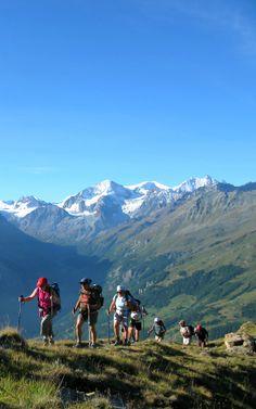 #arolla #zinal #zermatt Un Voyage Randonnée Grand Angle, une superbe Traversée des #Alpes http://www.grandangle.fr/circuit/18651_arolla_-_zinal_-_zermatt