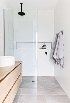 Mini bathroom tour of project Murphy Street's Master Ensuite. When designing and styling this bathroom there were a few key things I… Modern Bathroom, Small Bathroom, Master Bathroom, Minimal Bathroom, Bathroom Plants, Bathroom Renos, Laundry In Bathroom, Ensuite Bathrooms, Bathroom Renovations