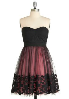 Number 9: Top three ModCloth dresses for success. The Midnight Blush dress. I love black lace. So much. It's delicate and feminine, but in a gothic-undead-Victorian way instead of a bubble-gum-and-lip-gloss way. And yes, that is a good thing. #modcloth #makeitwork
