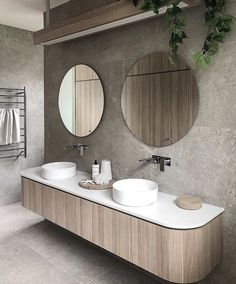 Adding curves to your cabinetry helps to give your bathroom a designer look, plus there are no sharp corners – it's a win win situation! 🙌 Lovely design courtesy of Bathroom Toilets, Bathroom Renos, Laundry In Bathroom, Master Bathroom, Ensuite Bathrooms, Remodel Bathroom, Bathroom Vanities, Bad Inspiration, Bathroom Inspiration