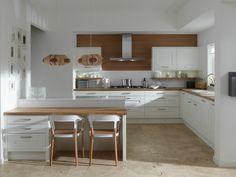 küche l-form weiß mit holz kombinieren