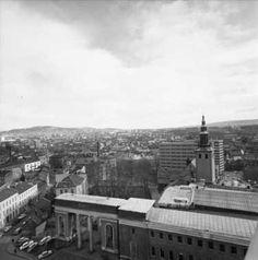 Hammersborg 1967, Deichmanske i forgrunnen.
