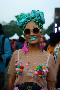 Discover recipes, home ideas, style inspiration and other ideas to try. Festival Looks, Festival Mode, Festival Wear, Festival Outfits, Festival Fashion, Punk Outfits, Rave Outfits, Hippie Outfits, Burning Man