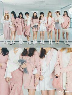 Marishe Korean Fashion Similar Look I Pin By Aki Warinda Street Snap Fashion, Fashion Mode, Korea Fashion, Pop Fashion, Cute Fashion, Fashion Looks, Fashion Outfits, Womens Fashion, Cute Korean Fashion
