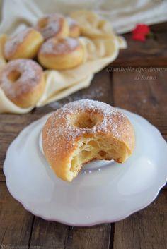 CIAMBELLE TIPO DONUTS AL FORNO #ciambelle RICETTA ↓ http://blog.giallozafferano.it/lapasticceramatta/ciambelle-tipo-donuts-al-forno/