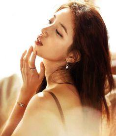 Miss A Suzy - Grazia Magazine July Issue Suzy Instagram, Instagram Posts, Miss A Suzy, Grazia Magazine, Bae Suzy, Korean Beauty, Baekhyun, Girl Group, Vogue